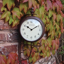 Antique Rust Clock/Themometer
