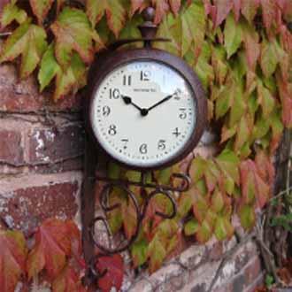 Antique Rust Clock/Themometer